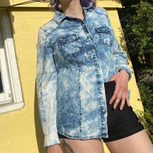 Ali & Kris Button-Down Blue Acid Wash Shirt
